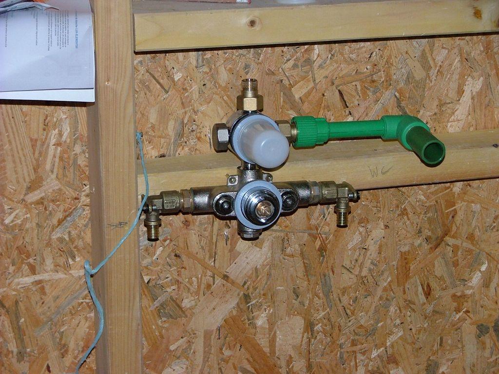 S chage de la chape pose du lambris suite oberdorf - Reparer mitigeur thermostatique douche ...
