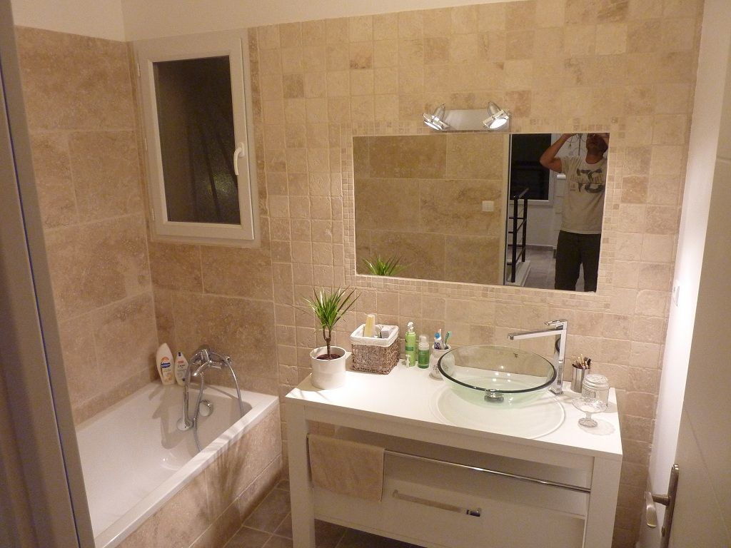 photos de vos salles de bain une fois termin es 1343. Black Bedroom Furniture Sets. Home Design Ideas