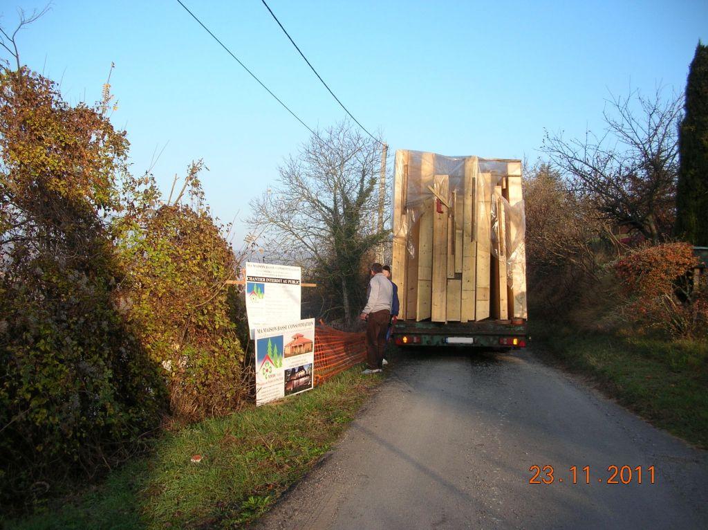 Le 1er camion arrive de Roumanie