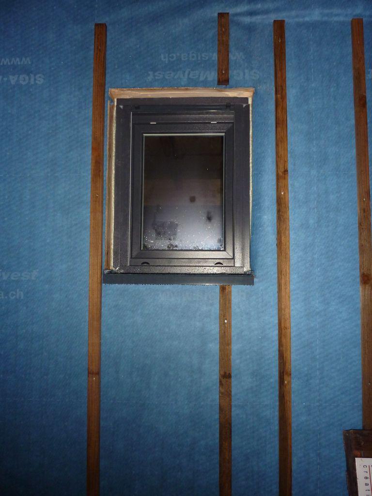 les fenêtres: Anthracite extérieur, blanc intérieur
