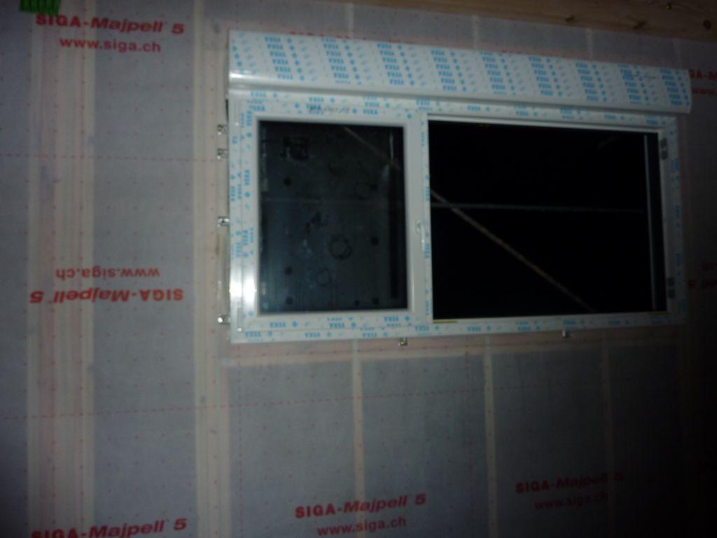 La fenêtre de la cuisine: 1/3 ouvrant et 23 fixe....immense!