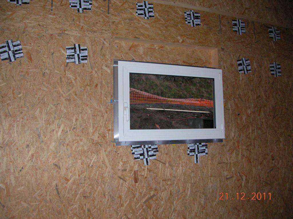 Fenêtre alu du garage, la 1ère posée !