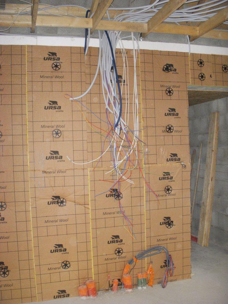 Descente des cables pour l'électricité et la VDI