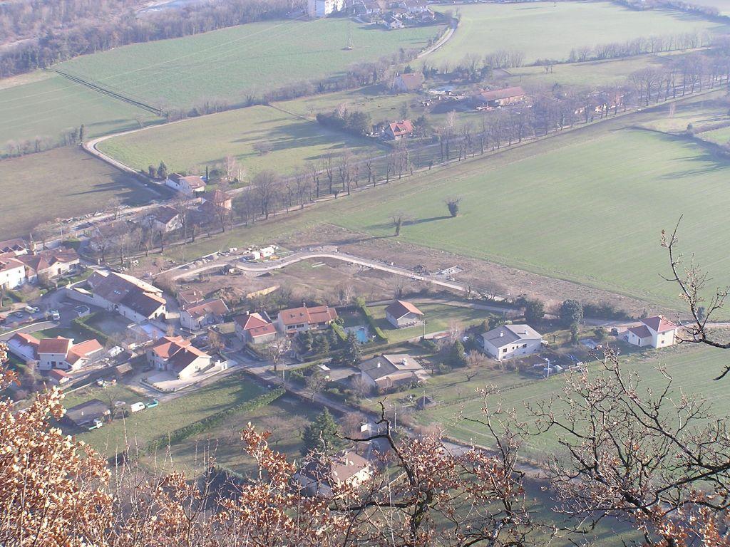 Le lotissement vue du Rocher de Comboire à une altitude de 515 m.