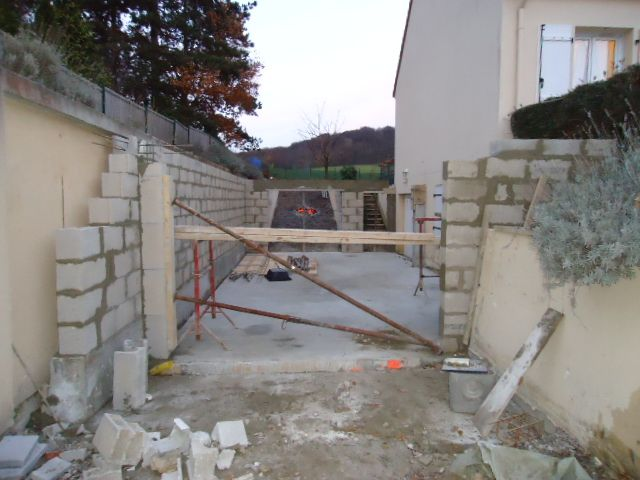 préparation coulage linteau porte de garage avant