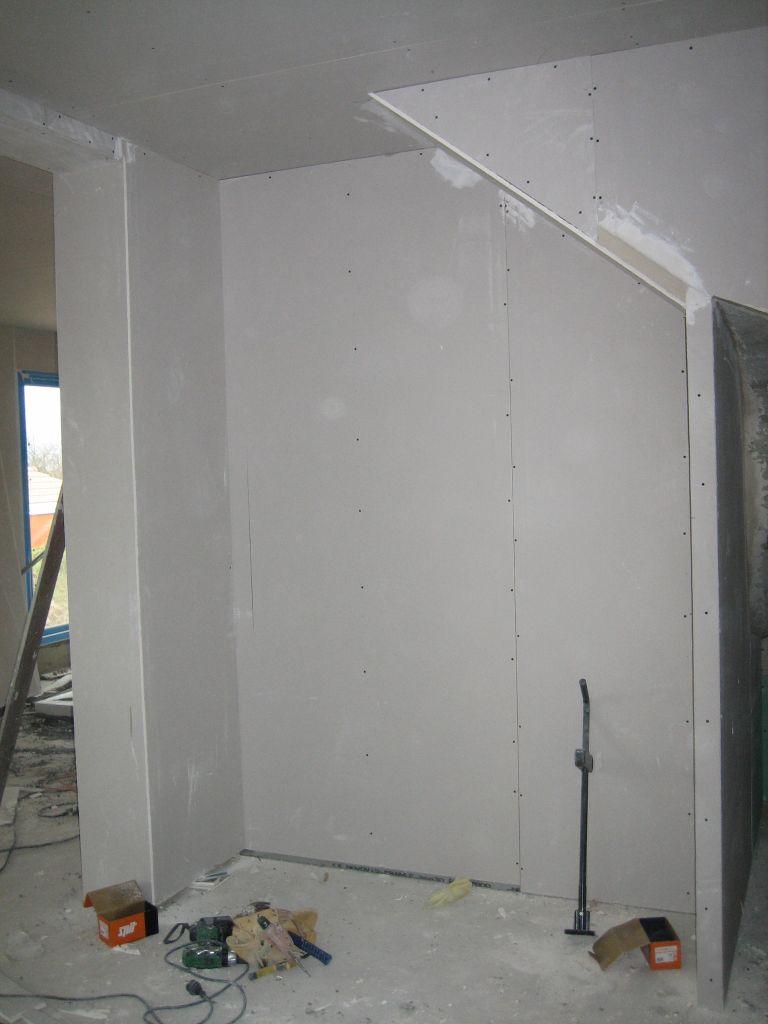 Charpente fermette film et pvc d bords de toiture pvc for Placo hydrofuge cuisine