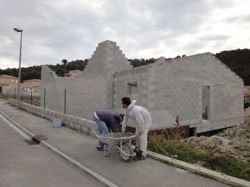 Mur derrière maison