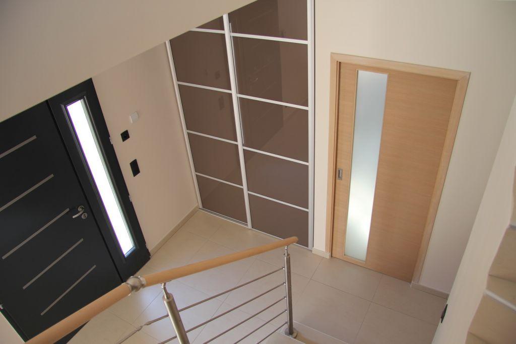 placard et rangements obligatoires dans l 39 entr e. Black Bedroom Furniture Sets. Home Design Ideas