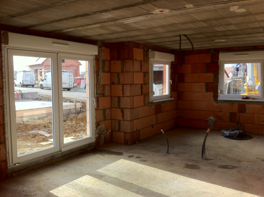 Fenêtres et baies posées.