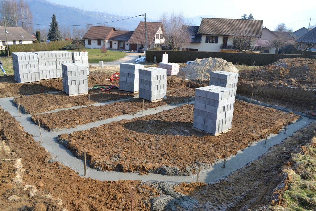 Fondation vide sanitaire hourdis pos s la for Fondation vide sanitaire