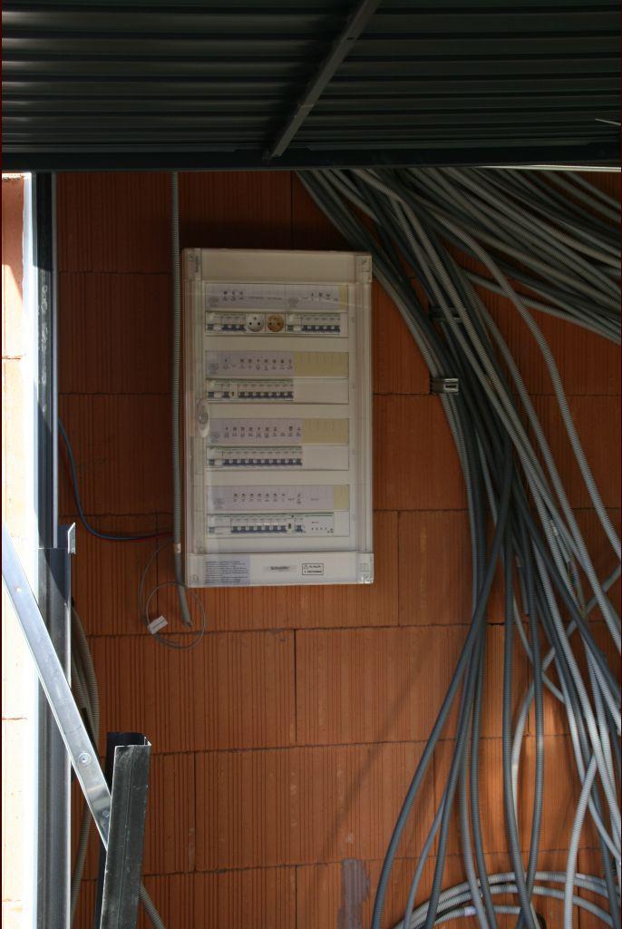 """panneau électrique : le """"bazar"""" va être """"ordonné"""""""