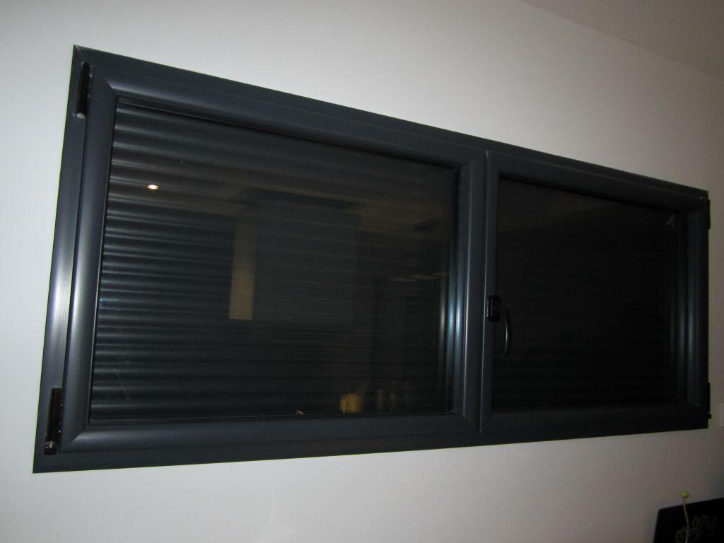 Fenêtre bandeau cuisine