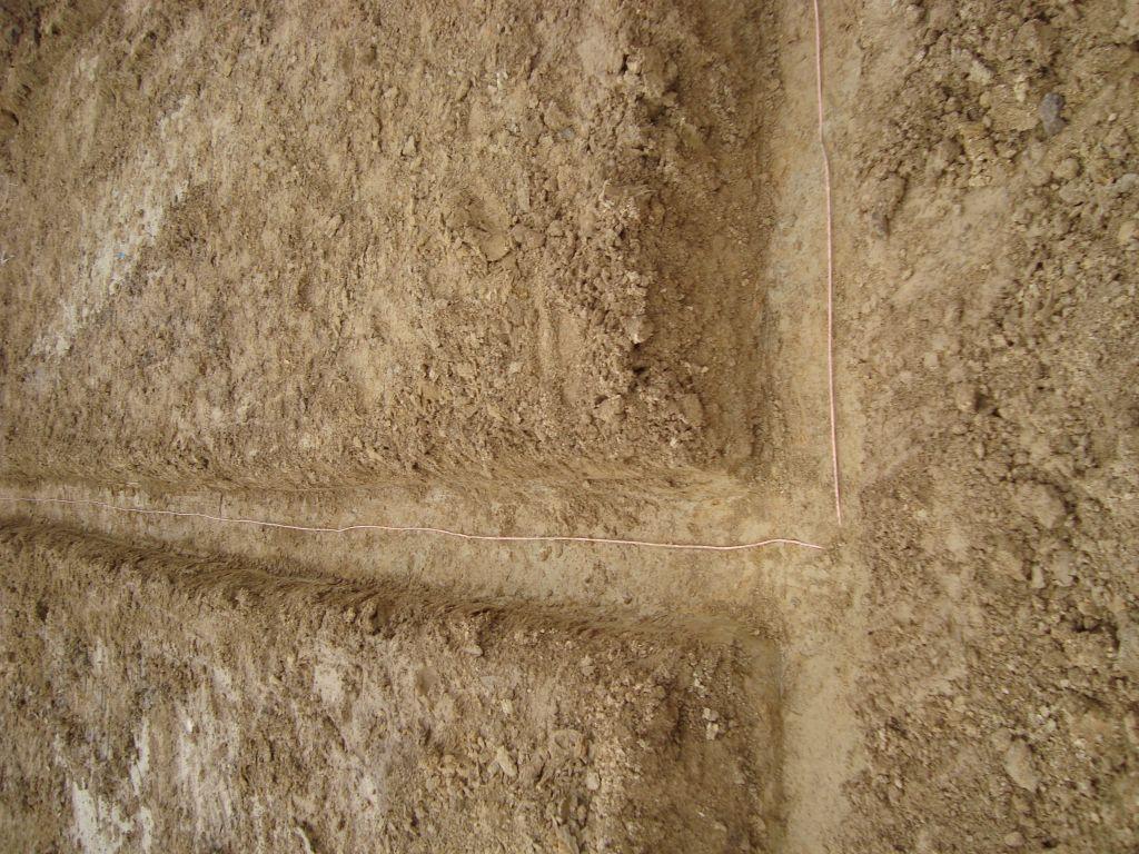 Nettoyage des fouilles et boucle de terre