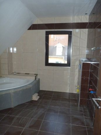Salle de bain marron et gris meuble salle de bain beige - Carrelage salle de bain marron ...