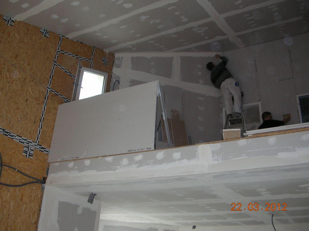 Le muret de la mezzanine en cours