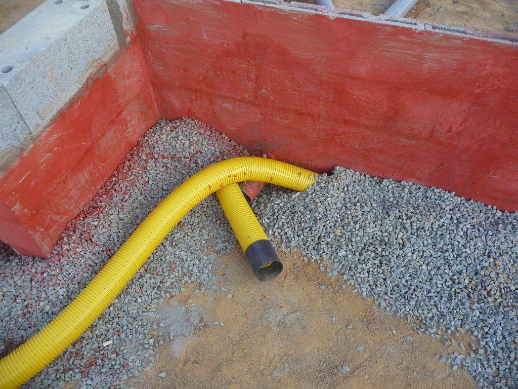 Anti termite anti termite vide sanitaire - Ver de bois ou termite ...