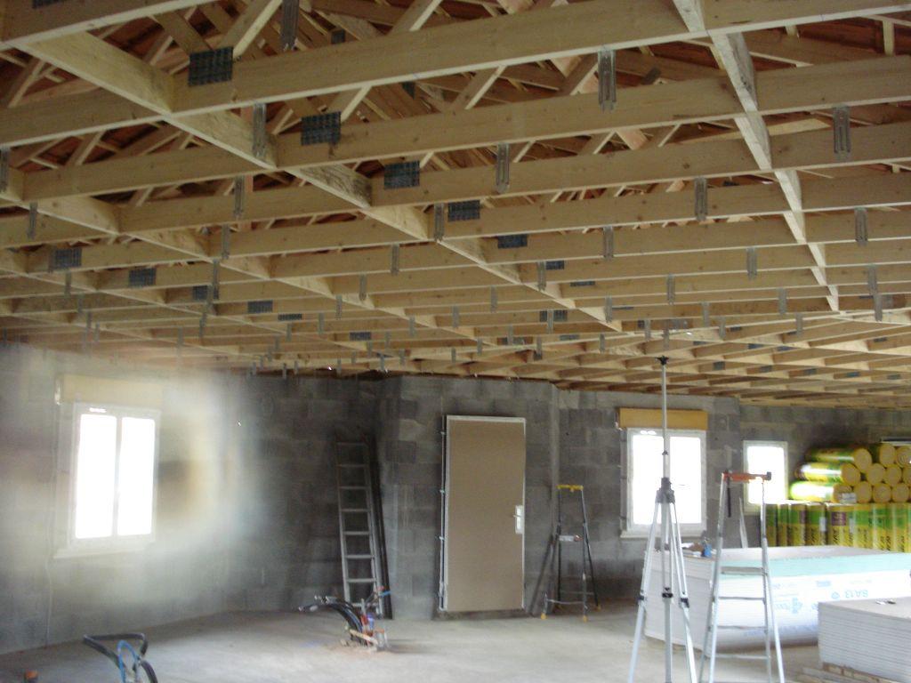 Mise en place des rails pour les plafonds