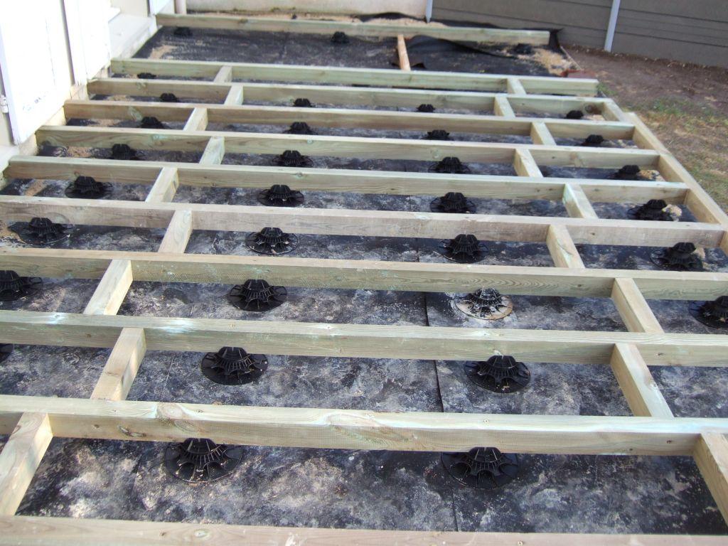 terrasse composite fixation