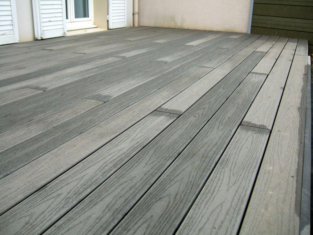 terrasse bois composite fiberon directement sur pelouse 38 messages page 2. Black Bedroom Furniture Sets. Home Design Ideas