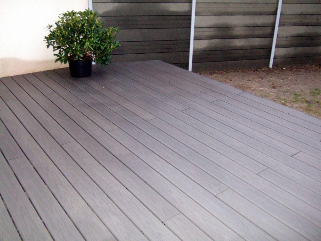 terrasse bois composite fiberon directement sur pelouse 41 messages page 2. Black Bedroom Furniture Sets. Home Design Ideas
