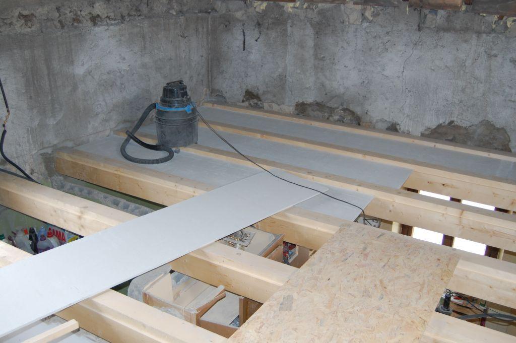 Faux plafond poutres apparentes - Installer du placo au plafond ...