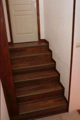 remettre de niveau un escalier b ton 5 messages. Black Bedroom Furniture Sets. Home Design Ideas
