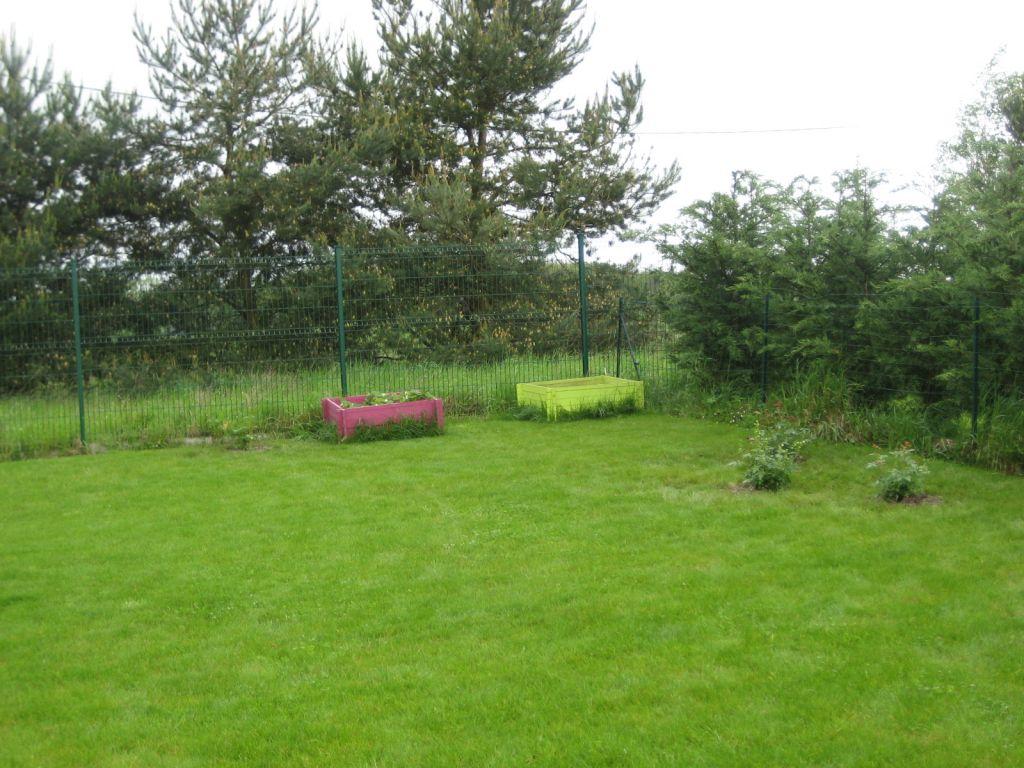 terre argileuse ok pour pelouse 16 messages. Black Bedroom Furniture Sets. Home Design Ideas