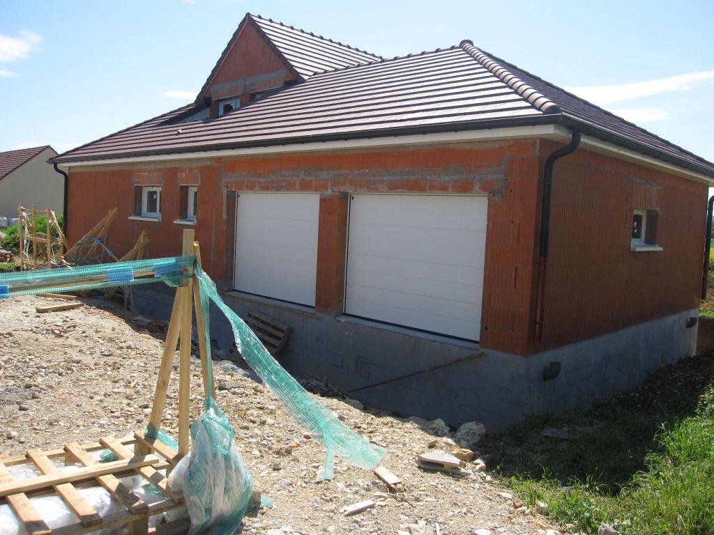 Mardi 03 avril 2012 frisette et cran sous toiture for Fenetre hors ecran