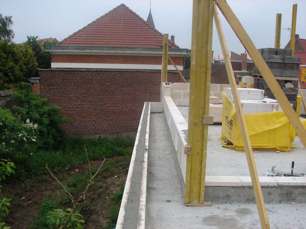 20120522 - Acrotères et murs de l'étage