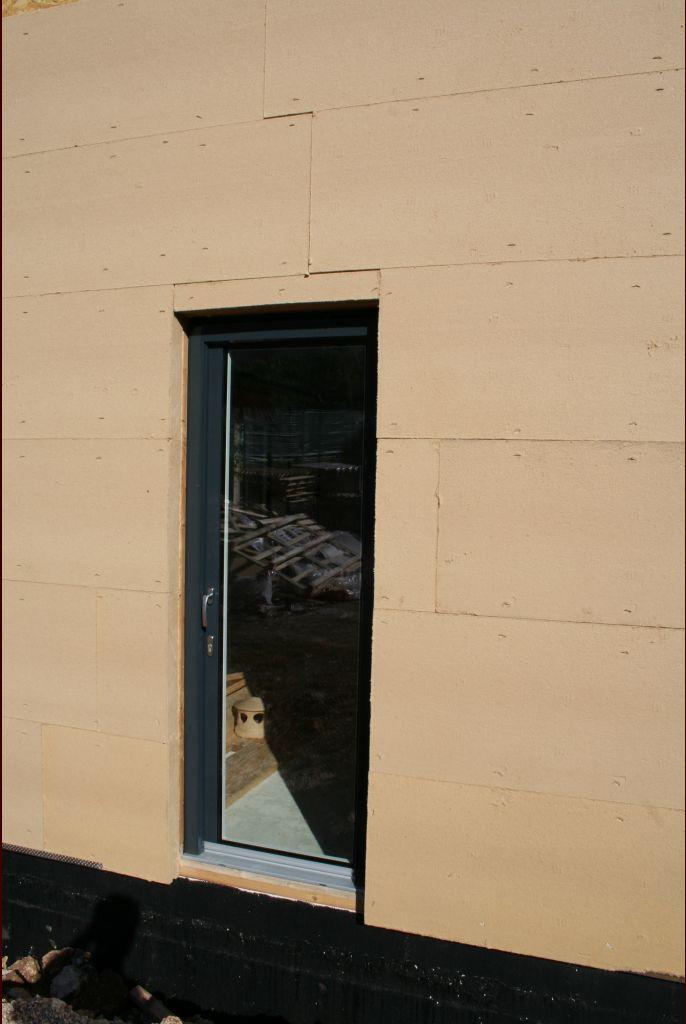 Porte du cellier - Erreur elle est censé être sablé.
