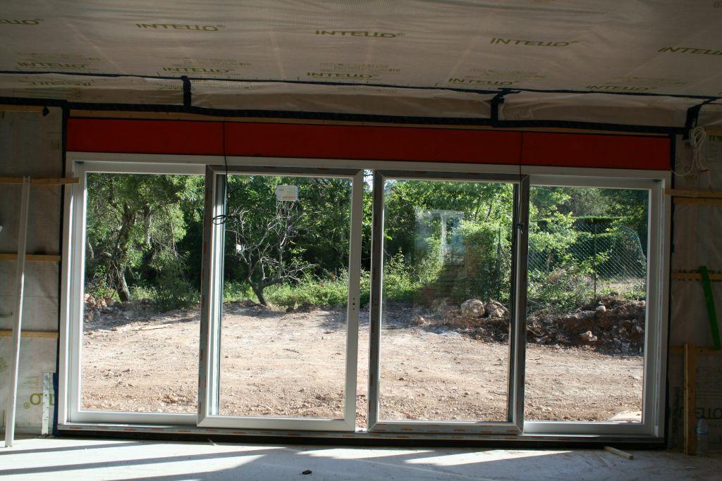 Pose de la baie vitrée de 4m80