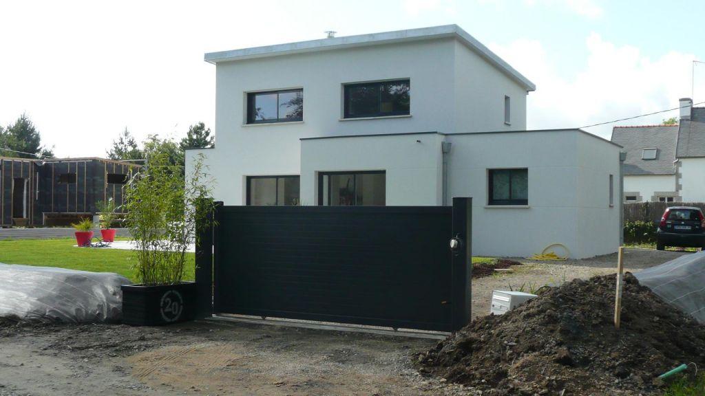 Portail gris - Finistere (29) - juin 2012