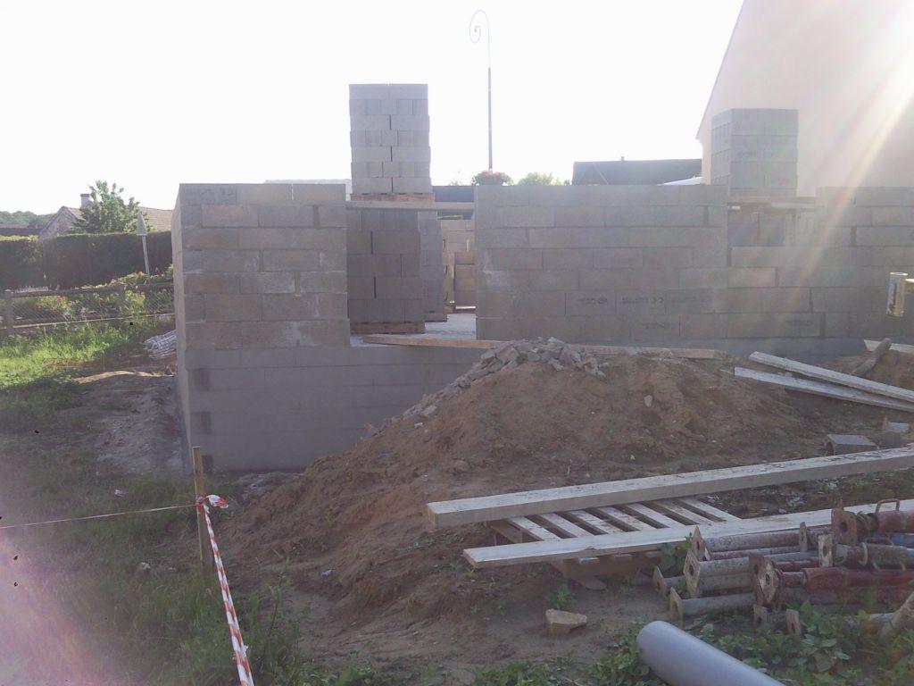 Réparation imperfections de l'angle des parpaings mur et vide sanitaire