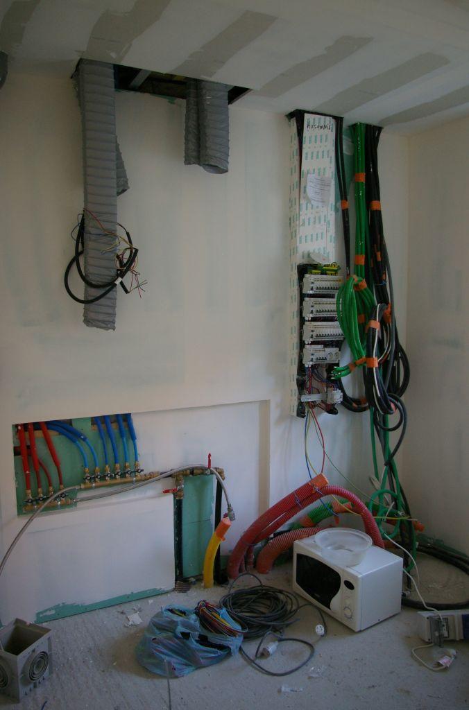 emplacement disjoncteur principal dans gtl pour consuel 5 messages. Black Bedroom Furniture Sets. Home Design Ideas