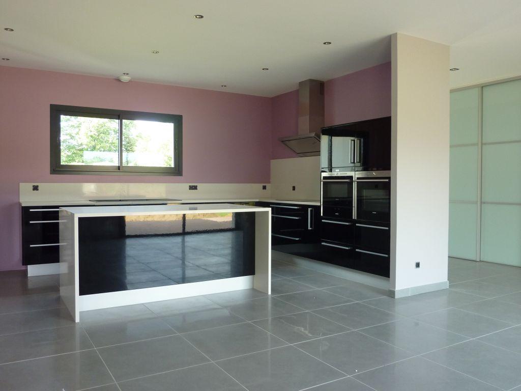 photos de vos cuisines groupes. Black Bedroom Furniture Sets. Home Design Ideas