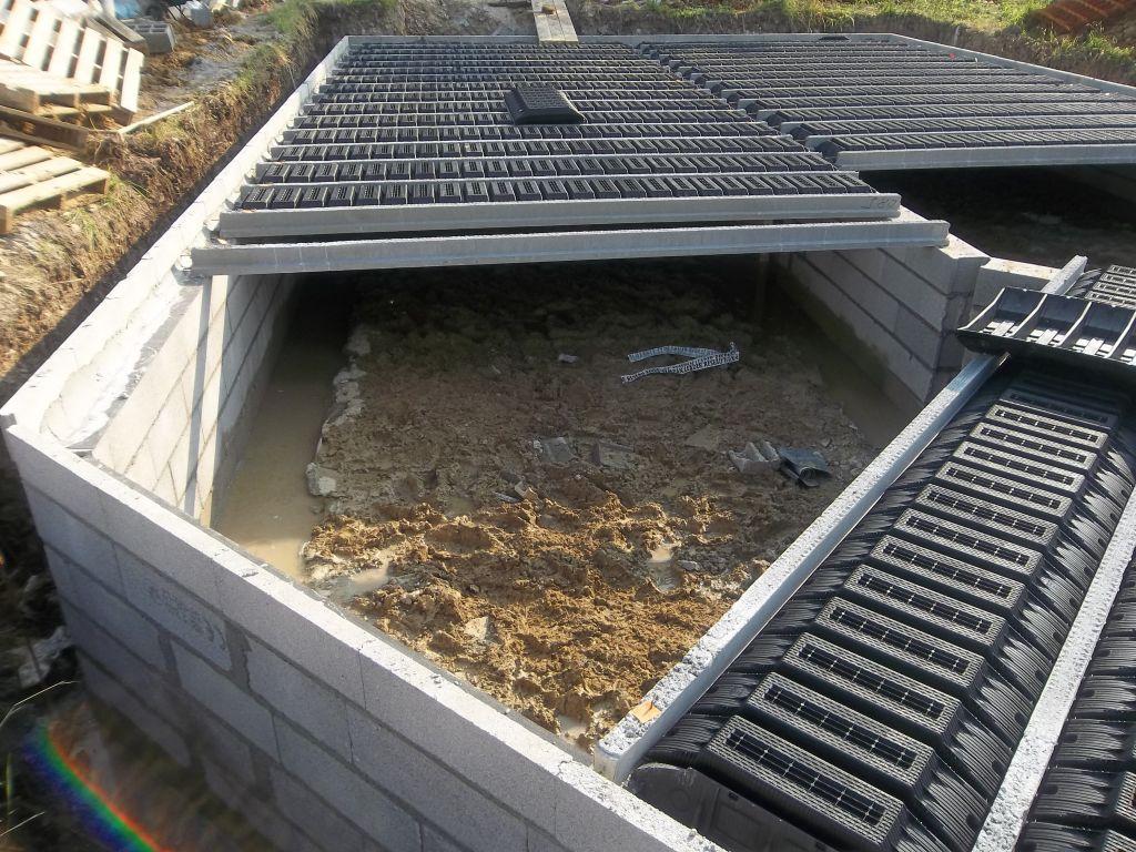 Fondations 2eme partie montage vide sanitaire la dalle humide monts oise - Vide sanitaire humide ...