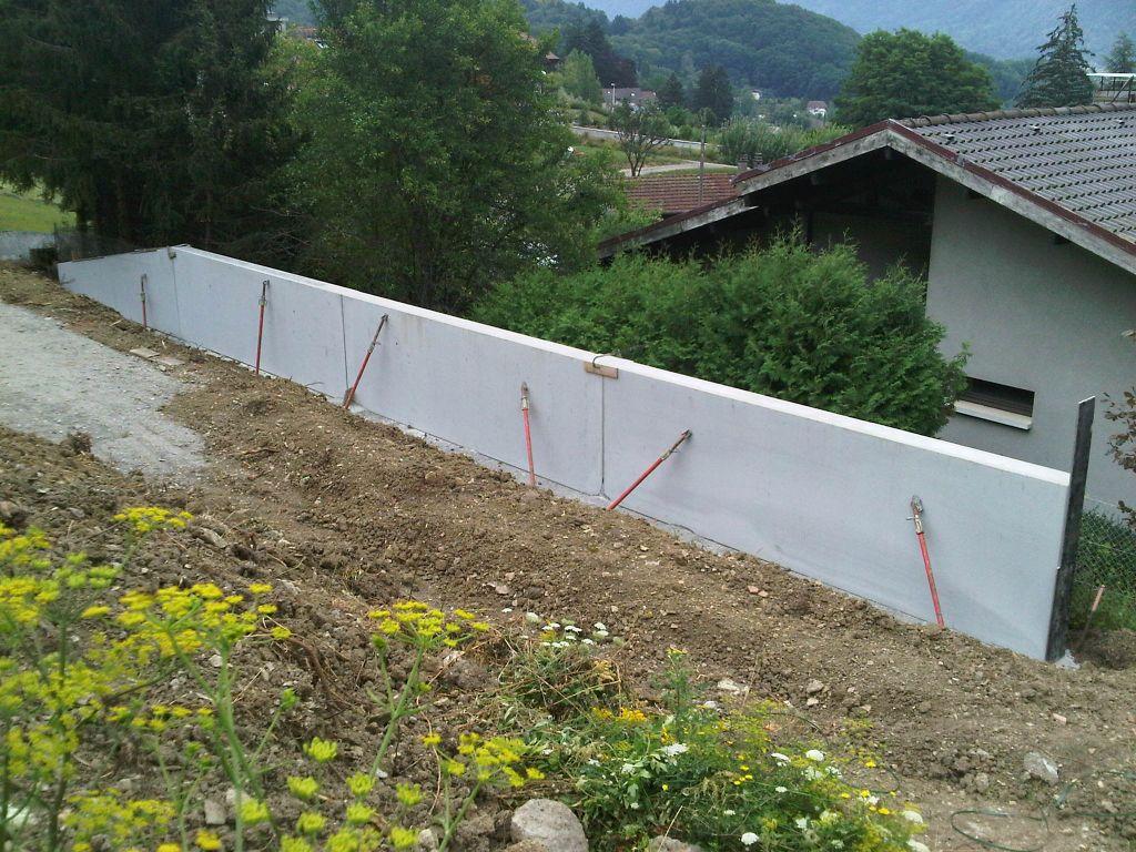 Mur de rétention en béton banché préfa