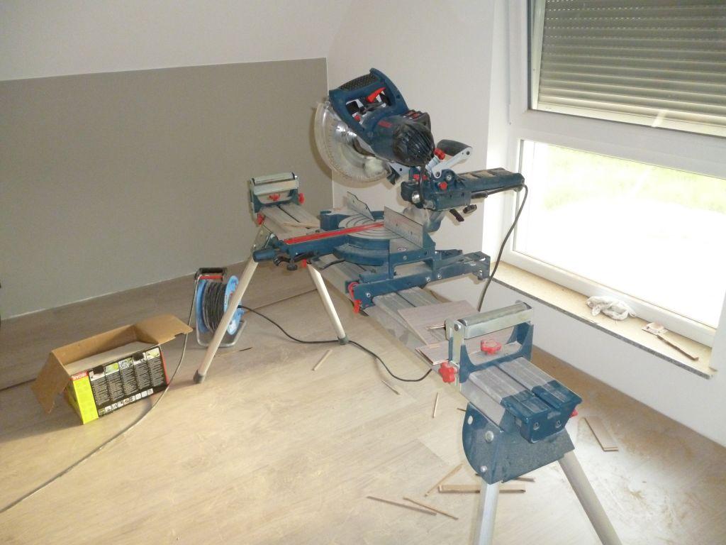 coller des plinthes trendy coller des plinthes carrelage coller des plinthes carrelage sur du. Black Bedroom Furniture Sets. Home Design Ideas
