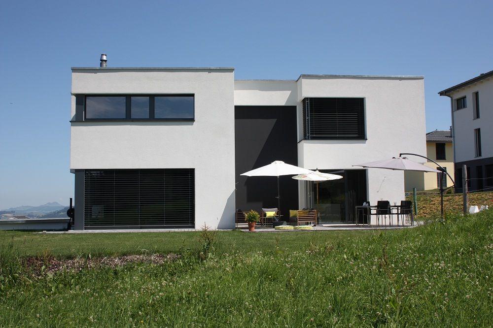 Facade sud-ouest - Suisse - aout 2012