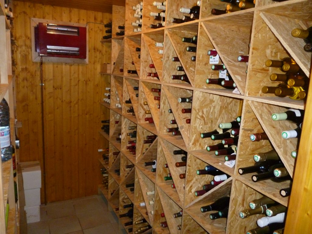 Photos de vos caves vins 24 messages - Fabrication etagere garage ...
