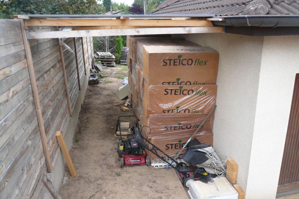 les murs se remplissent et les ouvertures appara fin du toit autres changement. Black Bedroom Furniture Sets. Home Design Ideas
