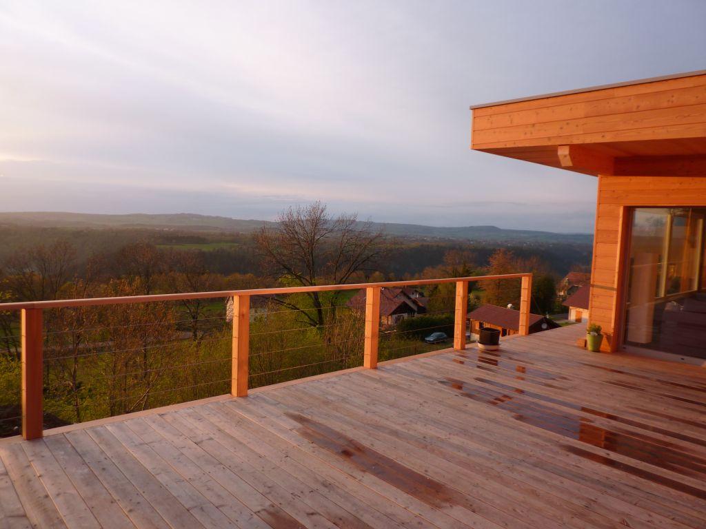 avis sur essence bois pour terrasse. Black Bedroom Furniture Sets. Home Design Ideas