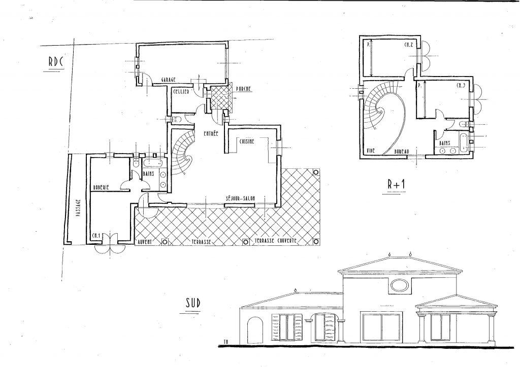 En haut à gauche, une court intérieure <br /> En rdc, la suite parentale. <br /> A l'étage 2 chambres et un bureau.
