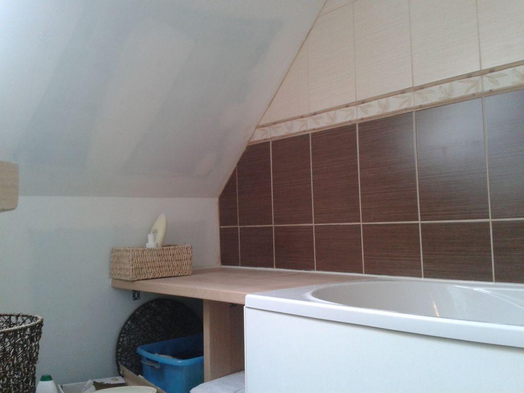 Salle de bain breles finistere for Carrelage a clipser 29 euros