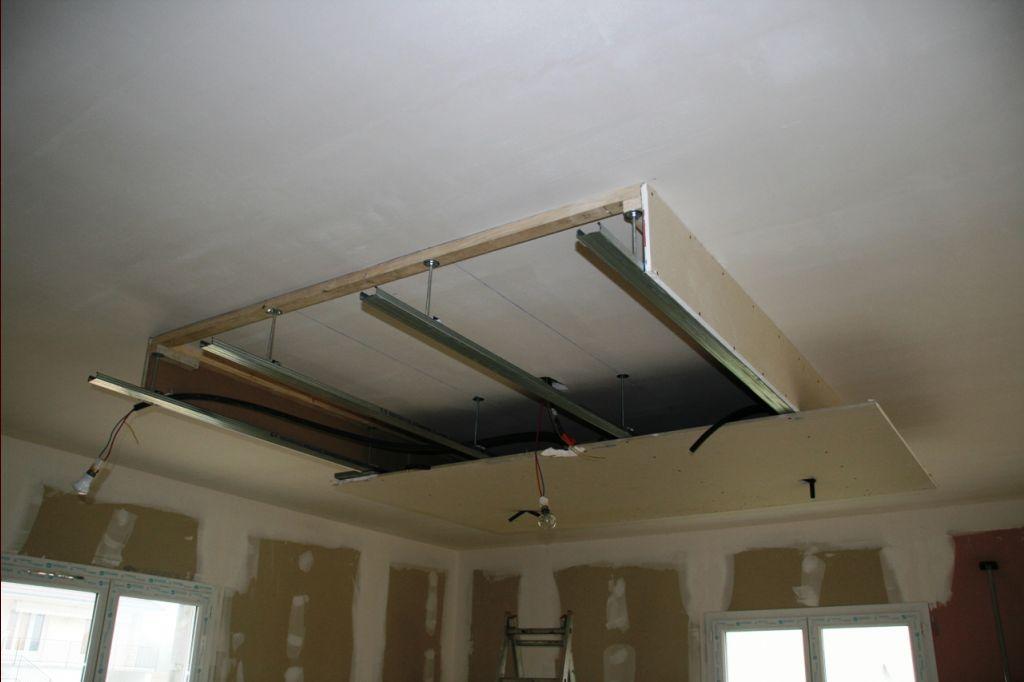 yli tuhat ideaa faux plafond pinterestiss faux plafond suspendu plafond lumineux ja faux. Black Bedroom Furniture Sets. Home Design Ideas