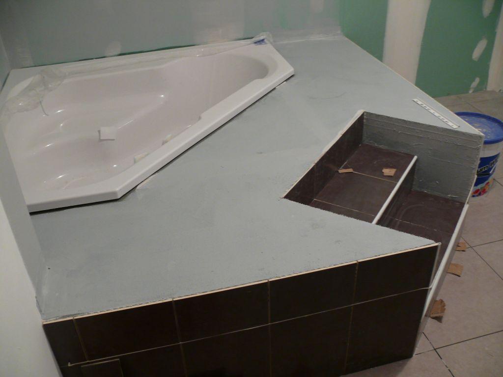 Estrade pour baignoire for Carrelage sur escalier