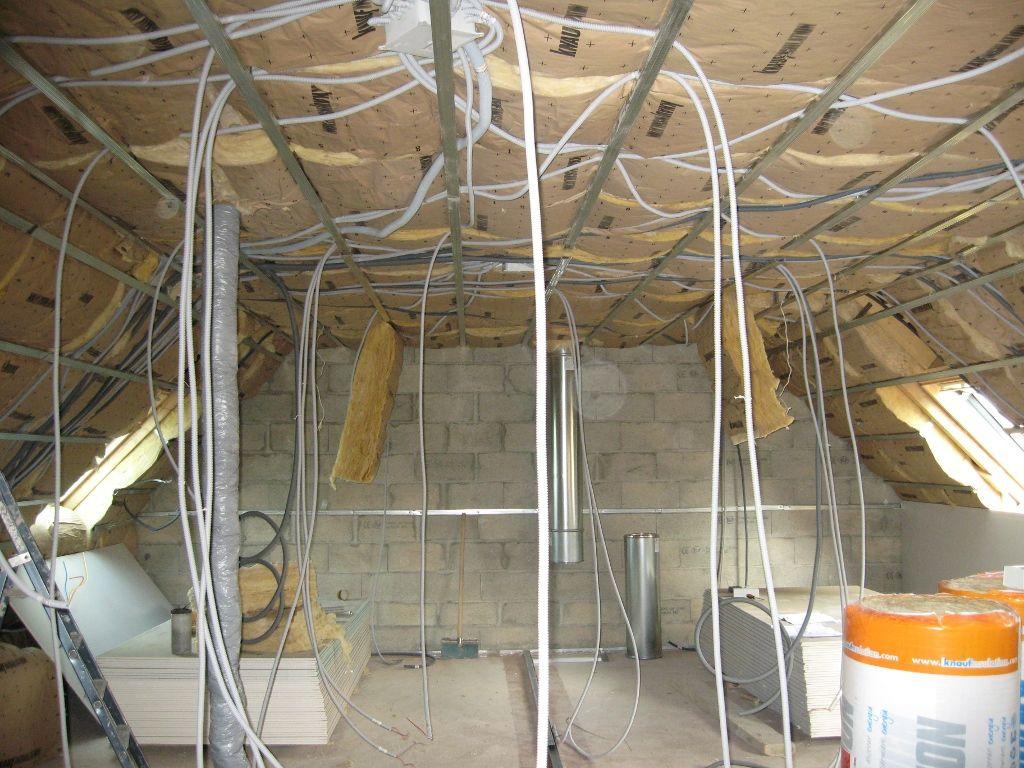 c 39 est parti pour l 39 isolation et les cloisons fin de l 39 isolation et des cloisons plomberie. Black Bedroom Furniture Sets. Home Design Ideas