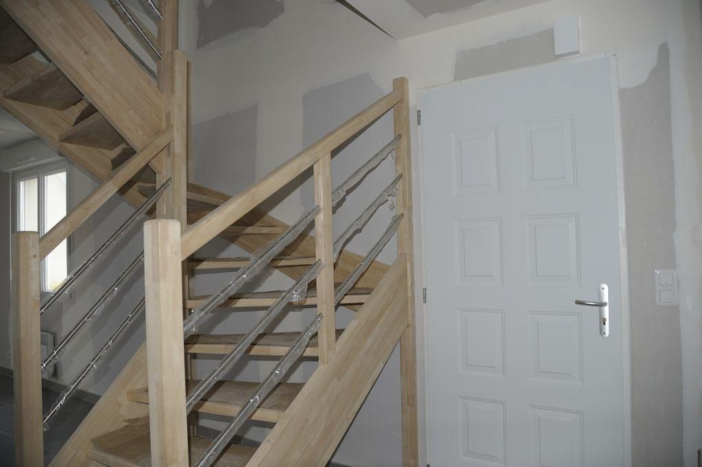 entrée, escalier en évea