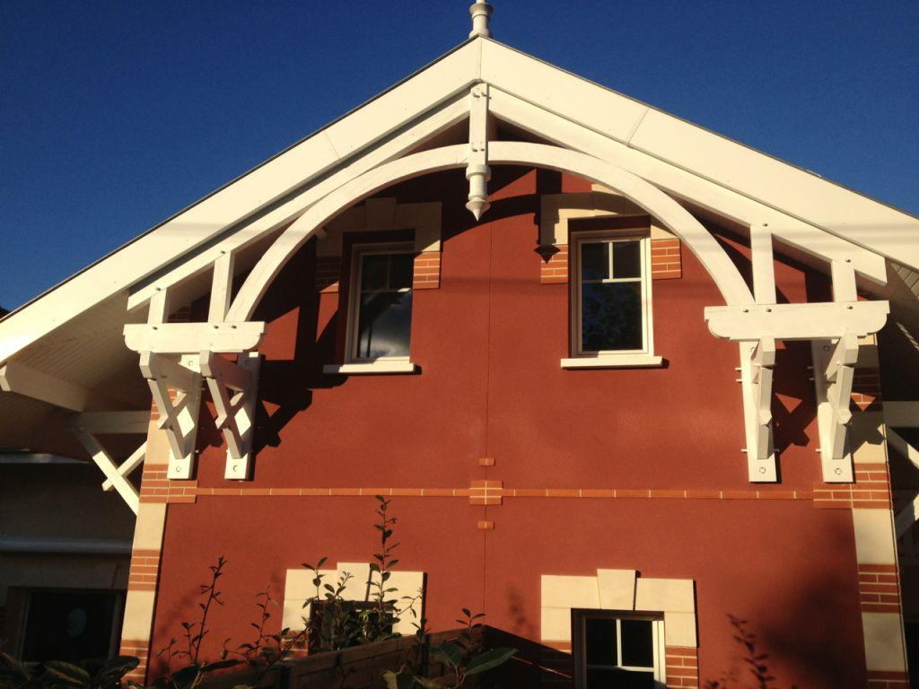 La maison neuve Arcachonnaise type. Briquetteq d'angle.