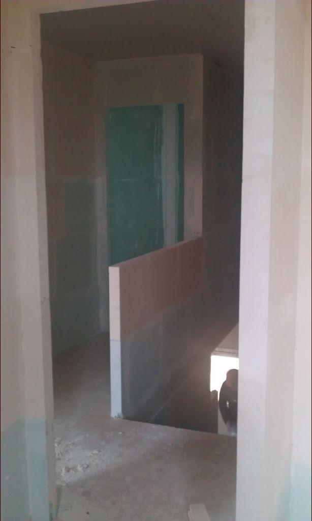 Couloir 1er depuis la chambre de Léa